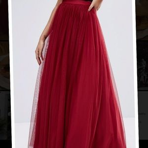 GONE JAN 10 New red maxi tulle dress elastic band